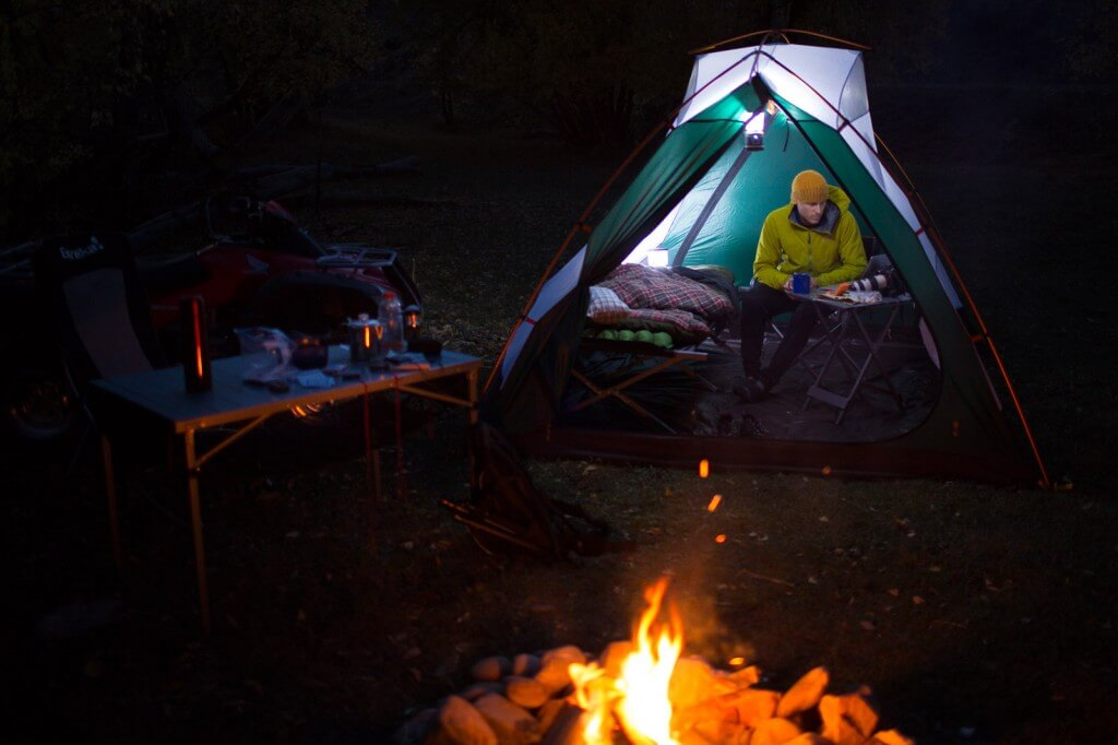 how to start a campfire in the rain eureka. Black Bedroom Furniture Sets. Home Design Ideas